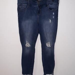 Torrid Stiletto Jegging Zip Leg Skinny size 22